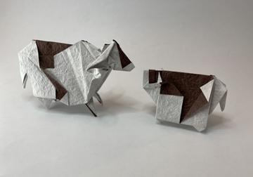 ウシの折り紙キット発売しました!